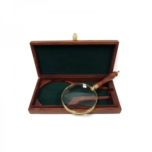 Brass Early American 9-1/4″ Brass and Wood Antique Magnifier Glass and Storage Case Reproduction